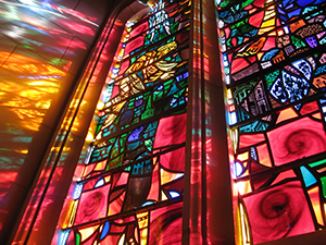 DCN Corp® - A*STAR Plasmon resonances on the surface of metal nanoparticles embedded in stained glass can produce remarkable color variations.  Credit - © iStockphoto/Thinkstock